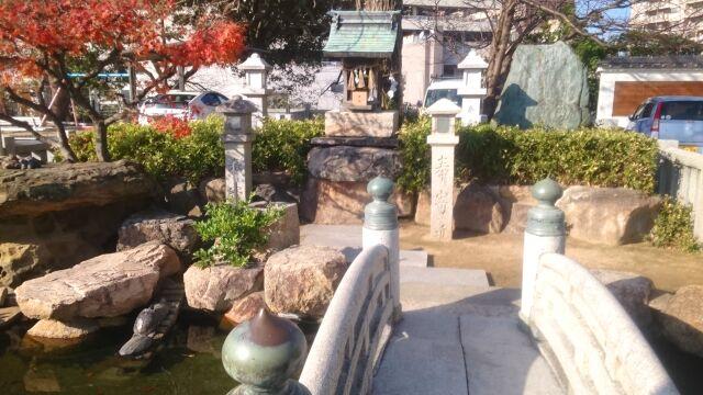お亀明神社2