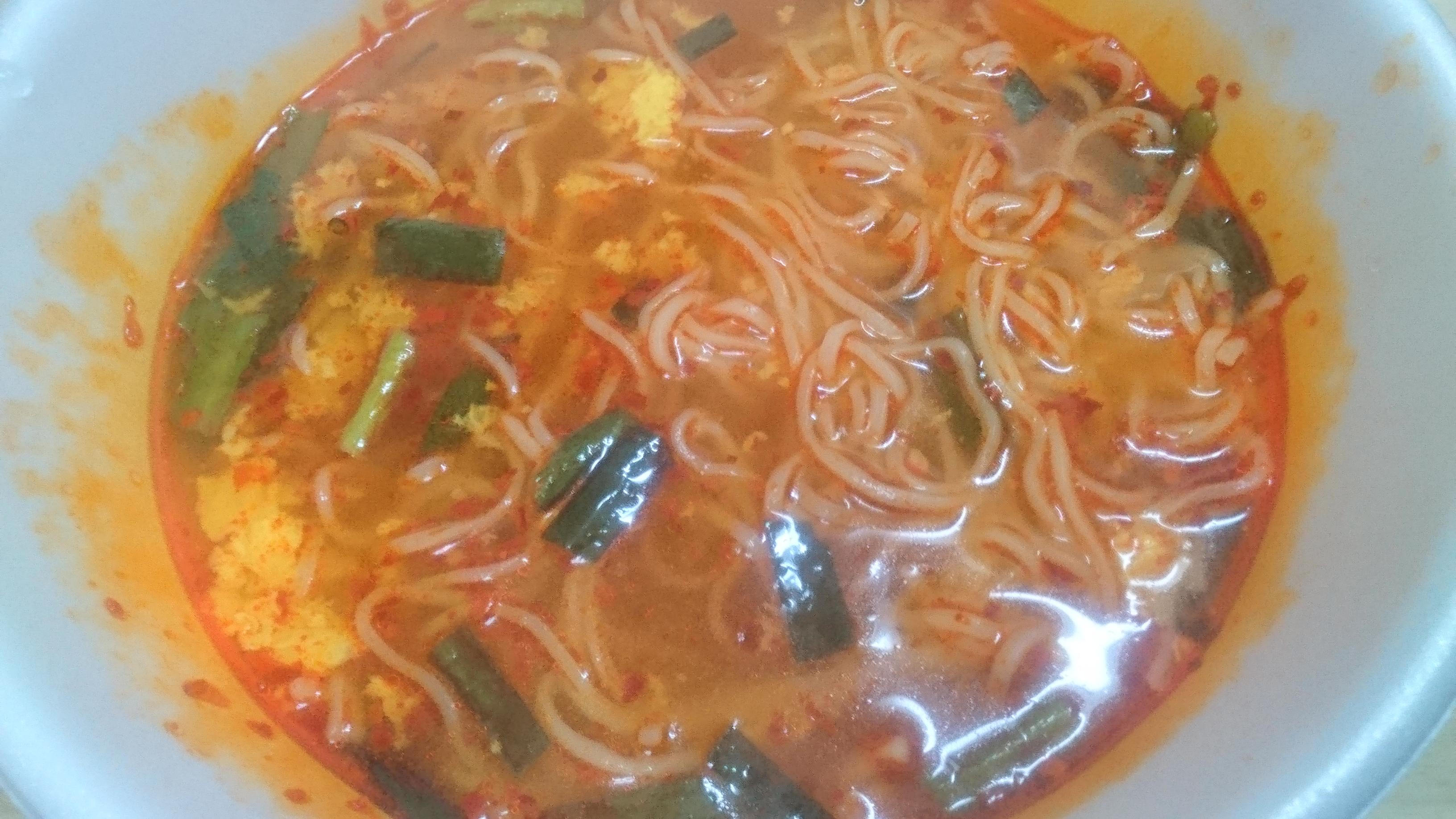 液体スープを入れてかき混ぜた後