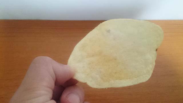 チップスは普通の物より大きめ