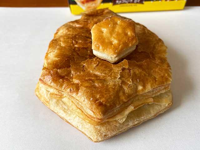 「パイの実」と「パイの実みたいなデニッシュ」の比較