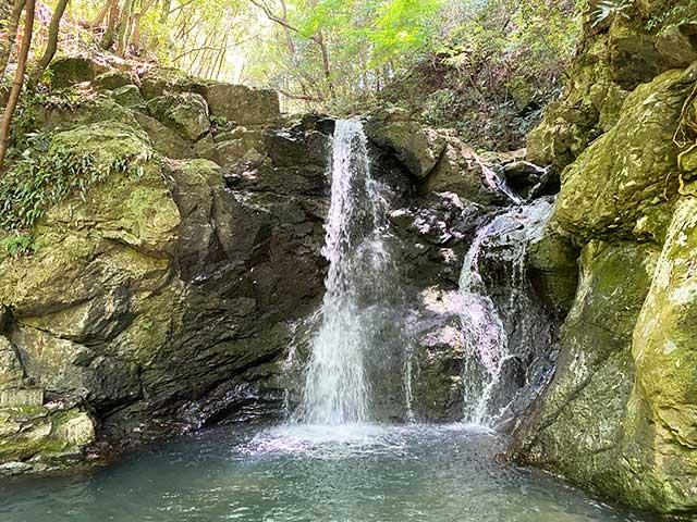 中山渓の雄滝
