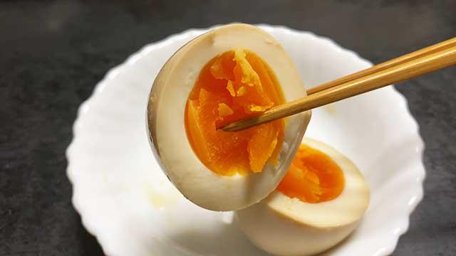 味付き卵メーカーで丸1日つけた卵