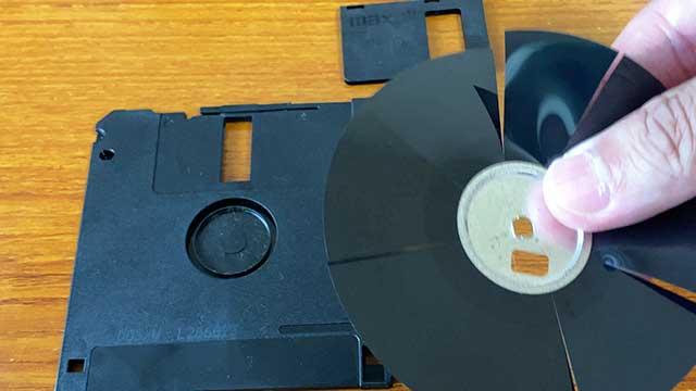 切断されたディスク