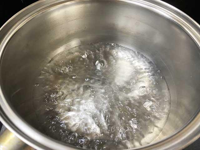 270mlの水を沸騰させる